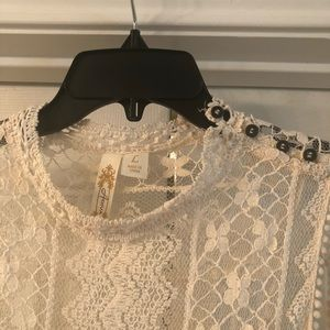 Boutique lace tank